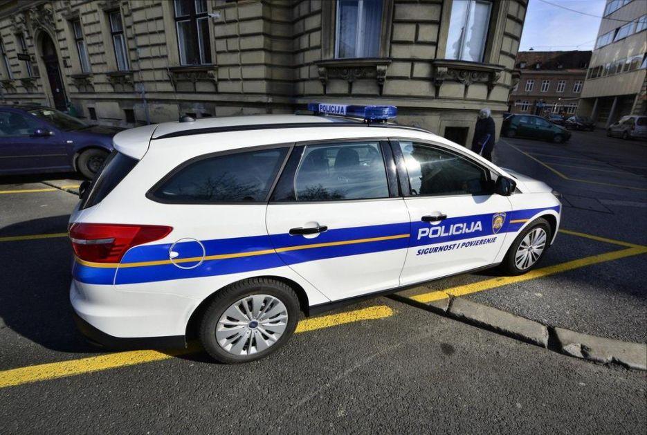 PIJANA DEVOJKA (18) PRAVILA HAOS U PULI, POLICAJAC JE UDARIO U GLAVU Advokat: Jezičava je, ali nije smeo to da uradi!