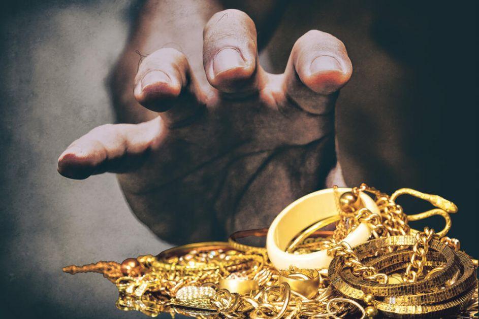 PINK PANTERI: Kradljivci dijamanata umešali se u krvavi rat crnogorskih klanova