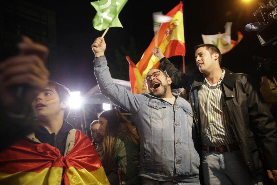 PIROVA POBEDA SOCIJALISTA U ŠPANIJI: Nemaju većinu, a desničari imaju za trećinu više poslanika
