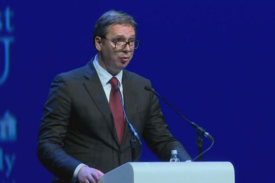 PITAĆU VAS DOK NE DOBIJEM ODGOVOR! Predsednik Vučić ODRŽAO LEKCIJU britanskom ambasadoru jer se slikao sa Kurtijem i albanskom zastavom!