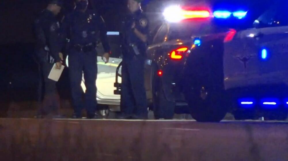 PLES SMRTI NA AMERIČKOM AUTOPUTU: Bande se kolima jurile sve vreme pucajući, ljudi stradali od zalutalih metaka VIDEO