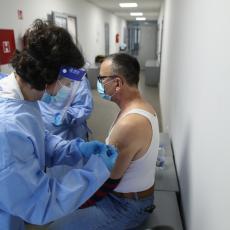 POČELA IMUNIZACIJA U PROKUPLJU: Postavljena dva punkta u Domu zdravlja, stiglo 480 doza vakcine