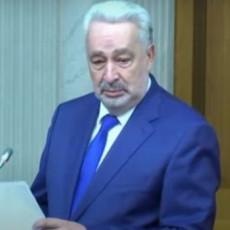 POČELA RASPRAVA O SMENI LEPOSAVIĆA Krivokapić glumi žrtvu, Srbi opleli po njemu i njegovim PODLIM NAMERAMA (VIDEO)
