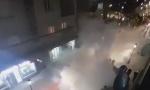POGLEDAJTE kako policija u Pljevljima rasteruje narod: Suzavac ispaljuju na građane, žena viče: POGODIŠE DECU (VIDEO)