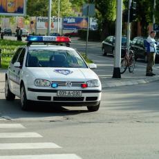 POKOSIO DETE PA POBEGAO: Maloletni pešak izgubio život u stravičnoj nesreći u Prijedoru, za vozačem se traga