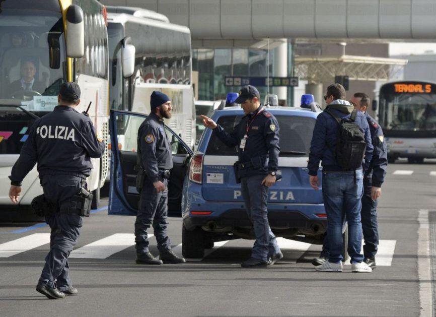 POKUŠALI MEGA PLJAČKU ZLATARE U VENECIJI, KORISTILI I DIMNE BOMBE: Razbežali se širom Evrope, ali im to nije pomoglo! VIDEO