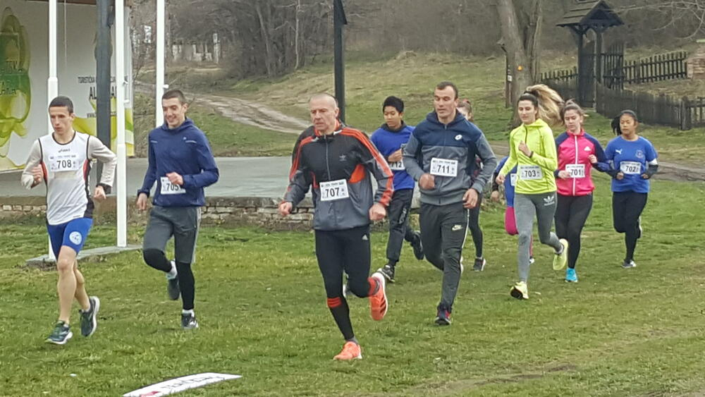 POLA EVROPE TRČI U ALIBUNARU: Najmlađi u posebnoj trci za pomoć Dunji Kraćun, HUMANOST NA PRVOM MESTU