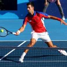 POLA POSLA VEĆ URAĐENO: Novak osvojio prvi set protiv Španca