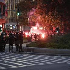POLICIJA KONTROLIŠE GLAVNE PUNKTOVE, NAPETO ZATIŠJE: Ovo je trenutna situacija na ulicama Beograda