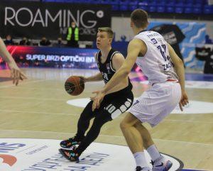 POLUVREME: Partizan ponovo neprepoznatljiv, Cibona vodi! (TVITOVI)