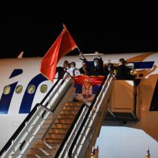 POMAŽU KAD JE NAJPOTREBNIJE: Braća Kinezi doniraju medicinsku opremu Srbiji, dva aviona stigla u Beograd