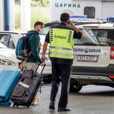 PONOVO OTVOREN GRANIČNI PRELAZ BOGORODICA: Požar lokalizovan na granici Severne Makedonije