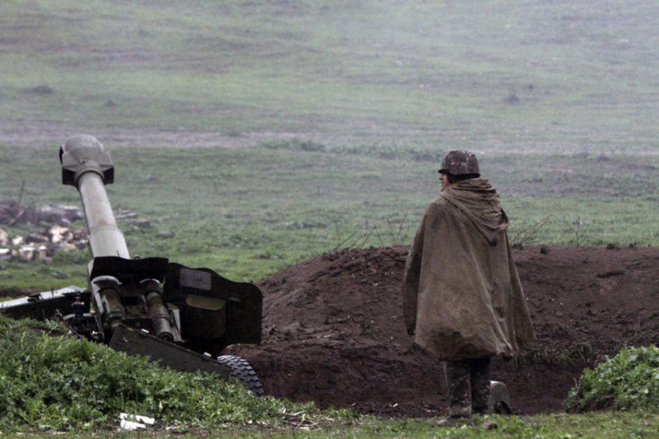 PONOVO SUKOB? Jermenija spremna da silom istera Azerbejdžan sa svojih teritorija