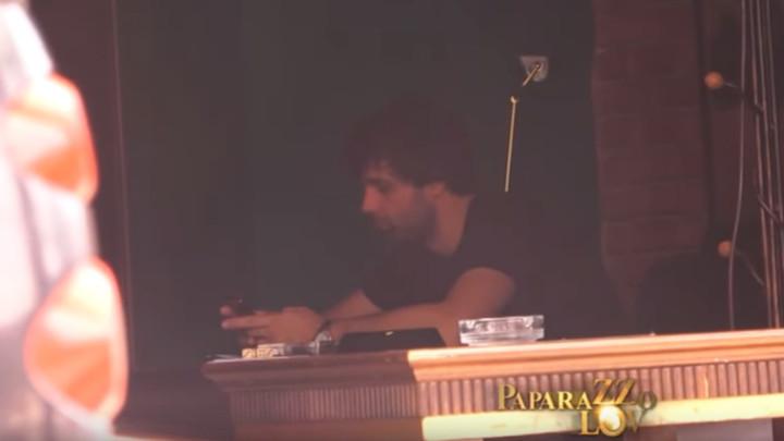 PONOVO U BEOGRADU! Dok je Jelisaveta Orašanin šetala psa, Teodosić u kafiću sa prijateljima radio OVO! (VIDEO)