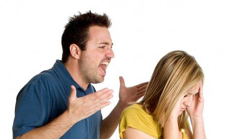 PORODIČNO NASILJE U VLADIČINOM HANU: Fizički napao suprugu i snaju