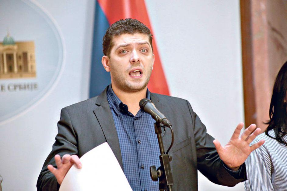 POSLANIK SRS PRIVEDEN ZBOG PALJENJA HRVATSKE ZASTAVE! Miljan Damjanović: Odbio sam nagodbu sa tužilaštvom jer moje krivice nema