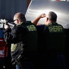 POTEGAO KALAŠNJIKOV NA POLICIJU: Zaustavljen zbog prebrze vožnje, a onda rafalom ranio trojicu ljudi (VIDEO)