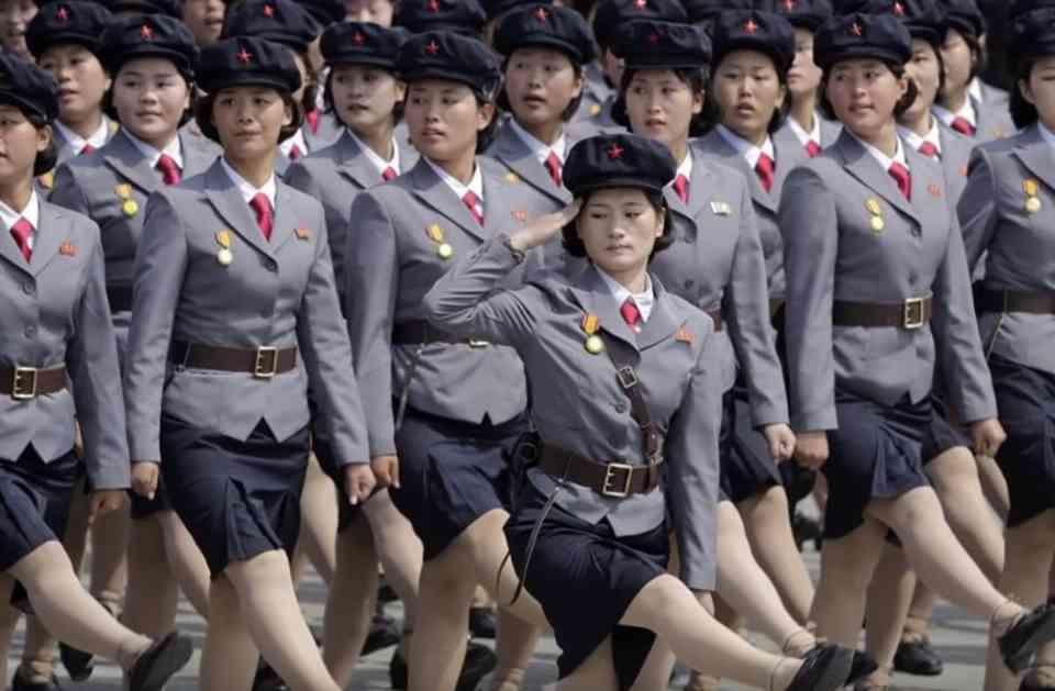 POTRESAN IZVEŠTAJ O ZLOSTAVLJANJU ŽENA U SEVERNOJ KOREJI: Postaju plen policajaca i državnih službenika koji ih danima siluju! (VIDEO)