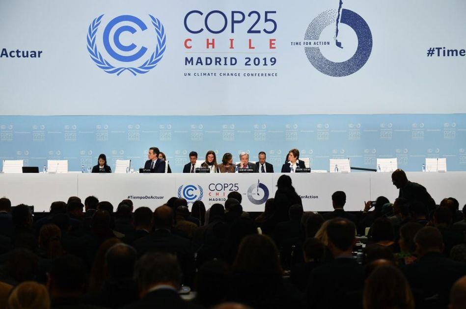 POZIVAJU ZVANIČNIKE NA SAMITU U MADRIDU DA REAGUJU: Roditelji traže hitne mere za suzbijanje klimatskih promena!