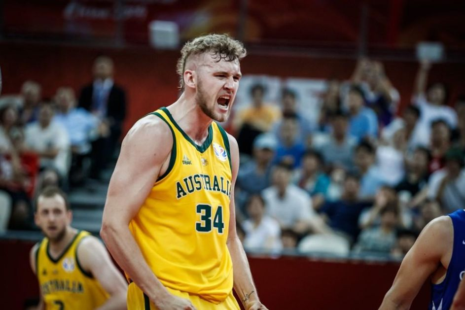 POZNATI PAROVI POLUFINALA: Košarkaši Australije savladali Češku, igraju za medalju na Svetskom prvenstvu