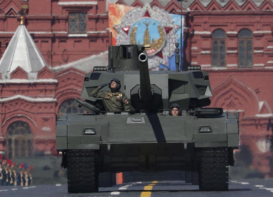 PRED OVIM RUSKIM SUPERTENKOM NATO JE NEMOĆAN: Zbog ovoga nevidljivu T-14 Armatu zovu najpametnijim tenkom na svetu!
