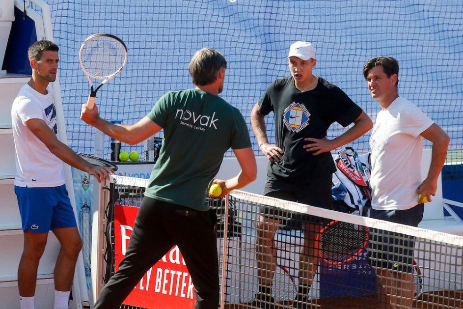 PRED SRPSKI OKRŠAJ NA SERBIA OPENU: Nole trenirao sa najvećom nadom srpskog tenisa! FOTO