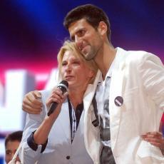 PREDIVNO: Novak iz daleke Australije ČESTITAO majci rođendan! U TRI reči, sve je rekao Dijani! (FOTO)