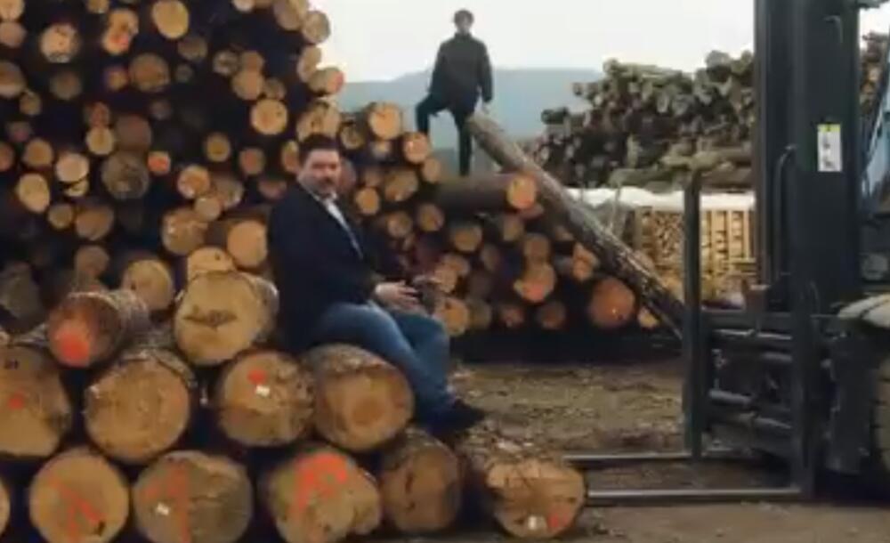 PREDIZBORNI SPOT O KOJEM BRUJI ZAGREB: Pa niste vi ovce, a nisam ni ja balvan! VIDEO