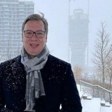 PREDSEDNIK SRBIJE PROŠETAO PROMENADOM: Vučić najavio kad će biti gotova najdominantnija kula u Srbiji (FOTO)