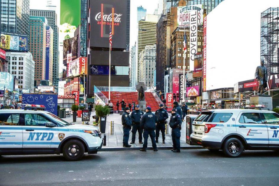 PREKO 100.000 INFICIRANIH U SJEDINJENIM DRŽAVAMA: U Njujorku pozitivno više od 500 policajaca