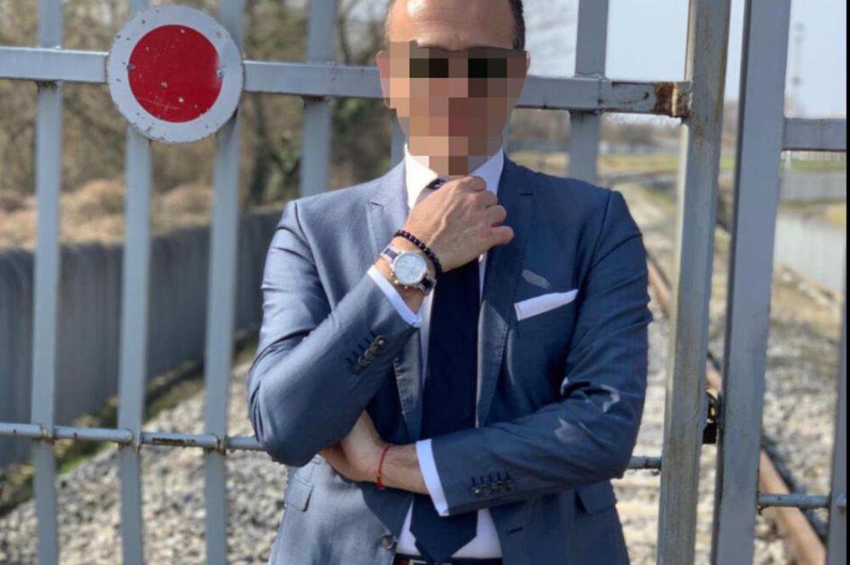 PRETI MU 50 GODINA ZATVORA: Otac koji je ugušio blizance (7) i sina (4) u bolnici, čuva ga policija