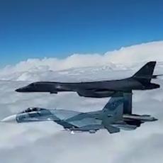 PRIBLIŽILI SE RUSKOJ GRANICI: Su-27 presreo Miraže iznad Crnog mora