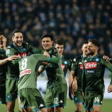 PROBLEMI U NAPOLIJU: Poraz od Milana otkrio šta se zaista dešava u klubu (FOTO)
