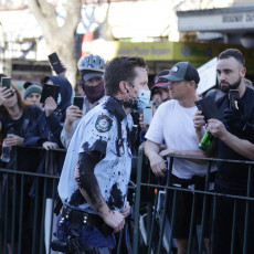 PROBUDI SE, AUSTRALIJO Njima je PREKIPELO od beskrajnih lokdauna, masa ljudi na ulicama protestuje (FOTO/VIDEO)