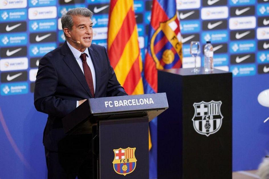 PROCURILI NOVI DETALJI UGOVORA ČLANOVA SUPERLIGE: Barseloni za takmičenje treba dozvola ostalih, Laporta sazvao HITAN sastanak