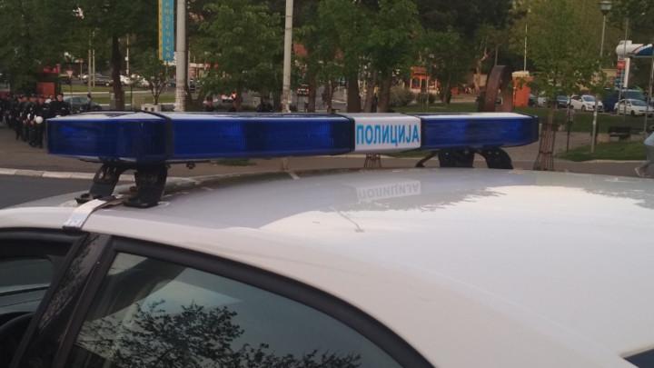 PRODAVALI RAKIJU NA CRNO - Tri osobe uhapšene zbog poreske utaje