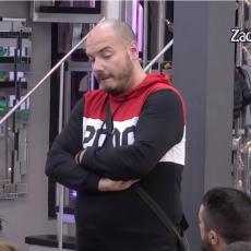PROMENIO LIČNI OPIS! Duga kosa, prirodne usne, 20 kilograma manje - OVAKO je izgledao Mirko Gavrić!