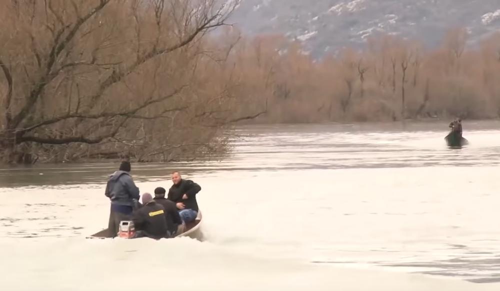 PRONAĐENO TELO DARKA VUJOŠEVIĆA U SKADARSKOM JEZERU: Udavio se u pokušaju da spasi porodicu iz ledene vode! Biće posthumno odlikovan za hrabrost!