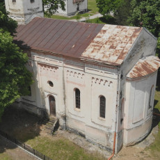 PROPADA SVETINJA U SRCU SRBIJE: Meštani u strahu da ne propadne do temelja, tone crkva stara skoro dva veka (FOTO)