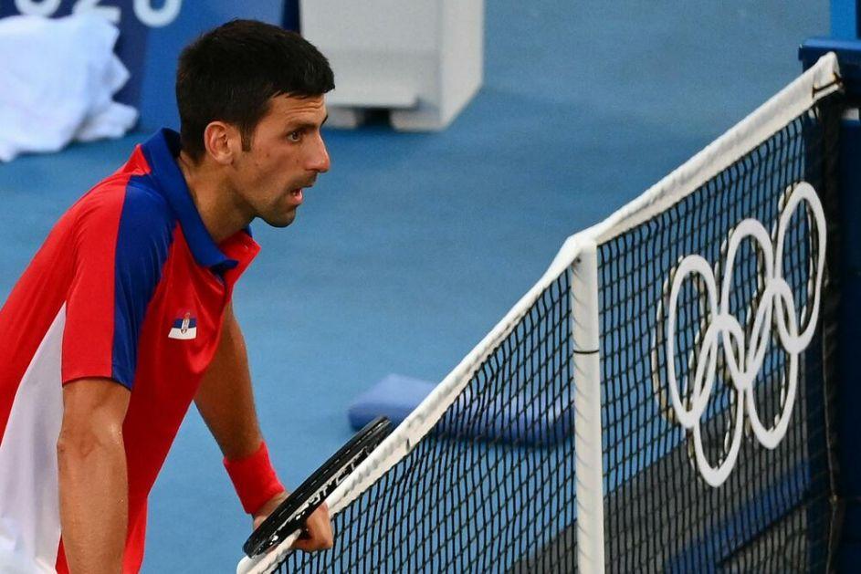 PRVA IZJAVA NOVAKA ĐOKOVIĆA POSLE PREDAJE MEČA ZA BRONZU: Izvinjavam se navijačima! Čast mi je da igram za Srbiju, želim u Pariz!