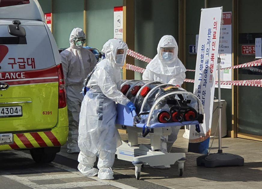 PRVI SMRTNI SLUČAJ OD KORONAVIRUSA U JUŽNOJ KOREJI: Više od 100 zaraženih, gradonačelnik pozvao ljude da ostanu u kućama