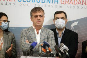 PSG osuđuje brutalnost Vučićevih kriminalaca i policije