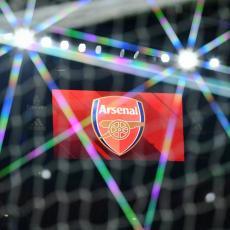 PUČE BOMBA NA OSTRVU: Arsenal doveo treće najskuplje pojačanje u istoriji (VIDEO)