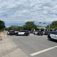 PUCNJAVA JOŠ TRAJE: Troje ubijeno u Teksasu, jake policijske snage na mestu zločina (VIDEO)