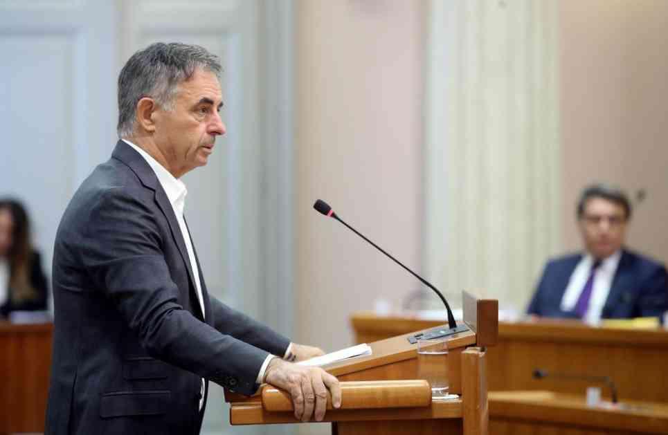 PUPOVAC: Hoće da nas ućutkaju ili da nas maknu! Plenković me zvao posle napada, OD KOLINDE NI REČI!