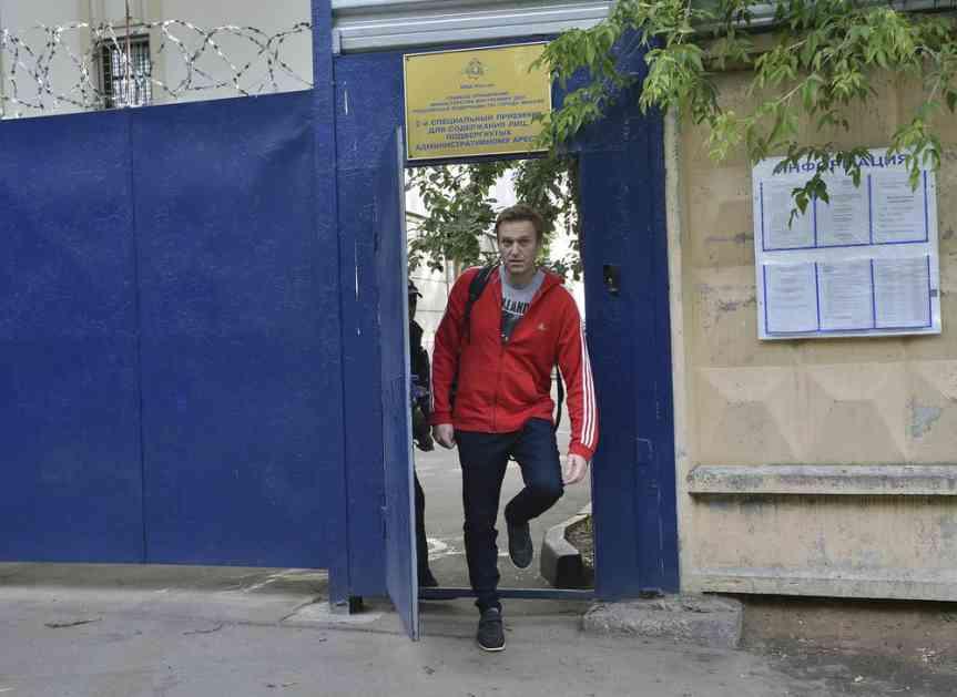 PUŠTEN NA SLOBODU: Navaljni izašao iz zatvora posle mesec dana, pa pohvalio kako je sve sređeno pred Svetsko prvenstvo
