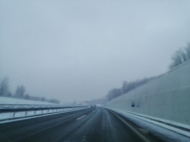 PUTEVI SRBIJE:  1.000 putara i preko 600 kamiona i mašina za čišćenje snega na terenu širom zemlje