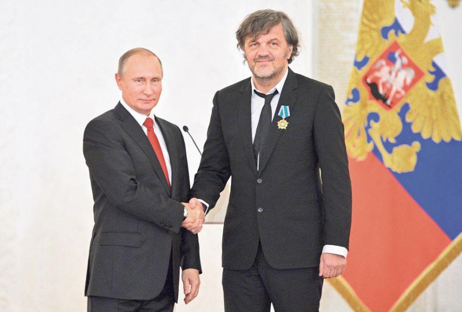 PUTIN OBRADOVAO SRPSKOG REDITELJA: Predsednik Rusije čestitao Emiru Kusturici 65. rođendan