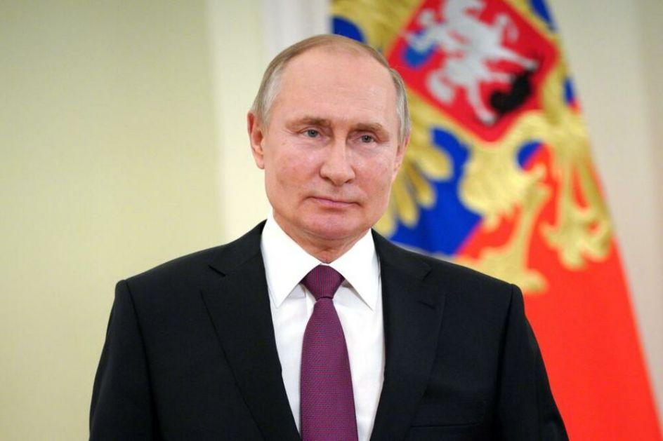 PUTIN PRIMIO DRUGU DOZU VAKCINE: I dalje nepoznato kojim cepivom se vakcinisao ruski lider!