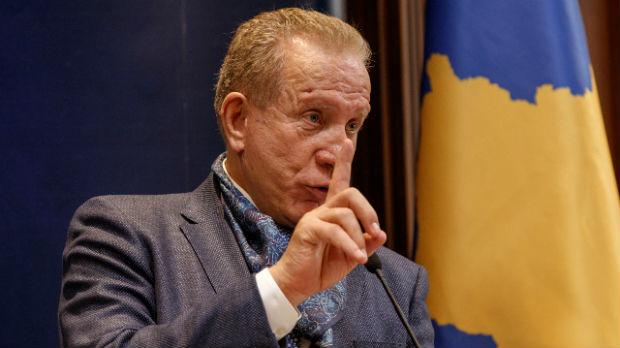 Pacoli poziva EU da disciplinuje Srbiju
